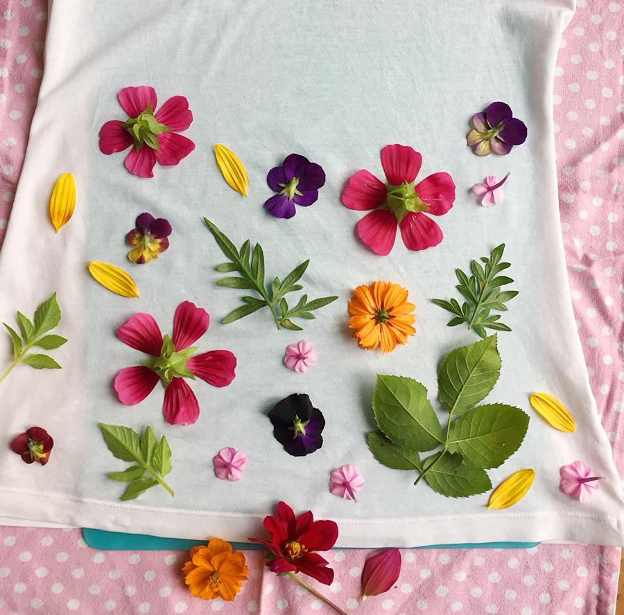 Flower design used for flower pounded top